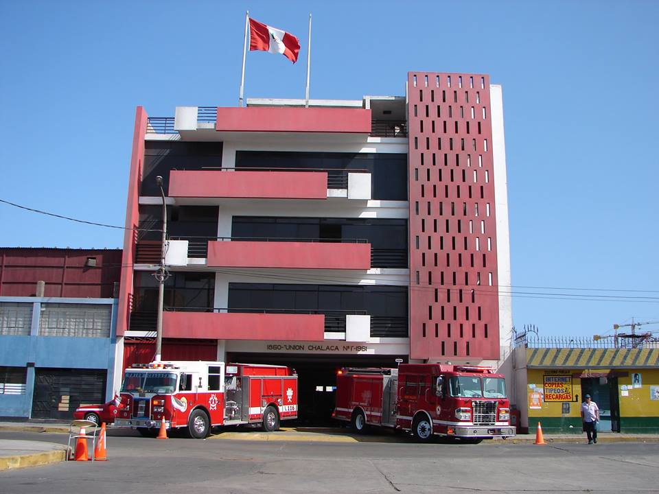 Fire Trucks Co. Union Chalaca 1 - Callao - Peru.